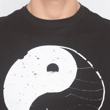 Load image into Gallery viewer, Yin Yang Print Black T-shirt-5