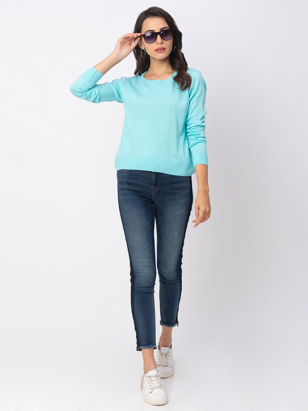 Globus Blue Solid Sweater
