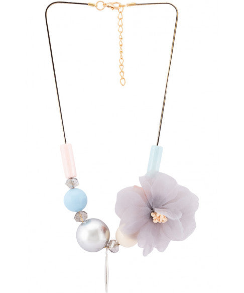 Beads Pearl Floral Motif Necklace-1