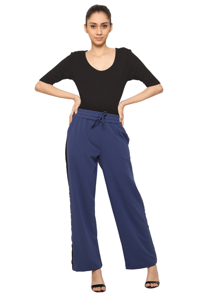 Wide Legged Pants-4