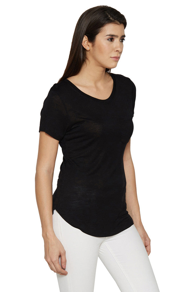 Solid Casual Black Tee-4