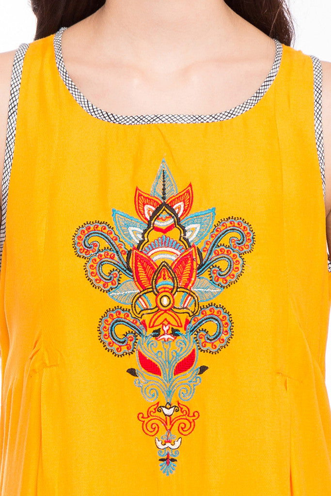 Embroidered Slip-On Tunic-6