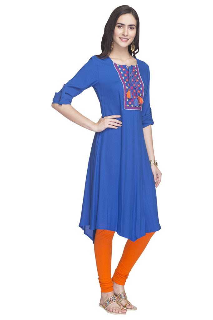 Embroidered Handkerchief Hemline Kurta-4