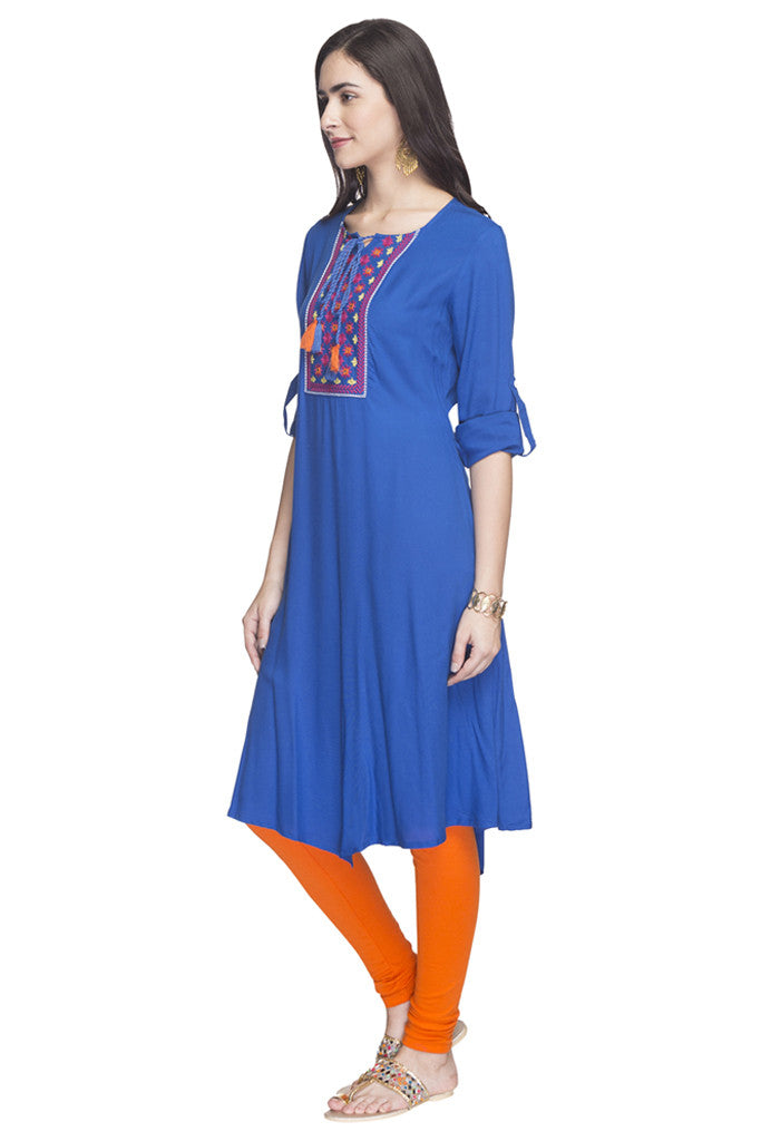 Embroidered Handkerchief Hemline Kurta-5