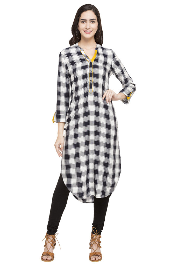 Curved Hemline Checked Kurta-1