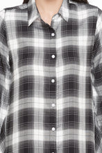 Load image into Gallery viewer, Longline Checked Shirt-6