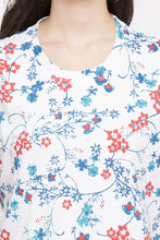 Load image into Gallery viewer, Floral Print T-shirt-6