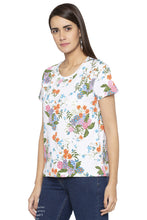 Load image into Gallery viewer, Floral Print T-shirt-4