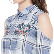Load image into Gallery viewer, Blue & Off-White Regular Fit Checked Casual Shirt-5
