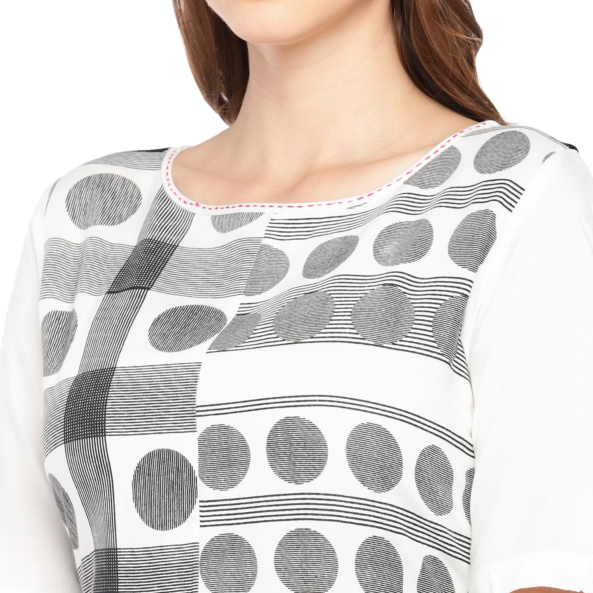 Women White & Black Printed Straight Kurta-5