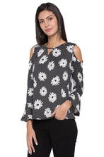 Load image into Gallery viewer, Floral Print Bell Sleeve Top-4