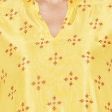 Load image into Gallery viewer, Casual Yellow Color Straight Printed Regular Kurtas-5