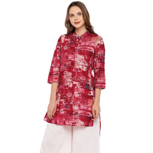 Load image into Gallery viewer, Women Red Printed Straight Kurta-1