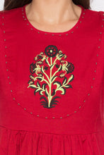 Load image into Gallery viewer, Embroidered Embellished Kurta-5