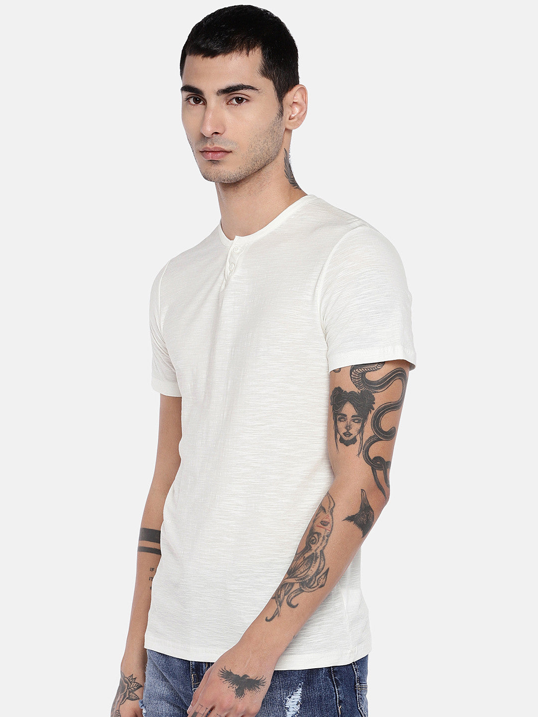 Off-White Solid Henley Neck T-shirt-2