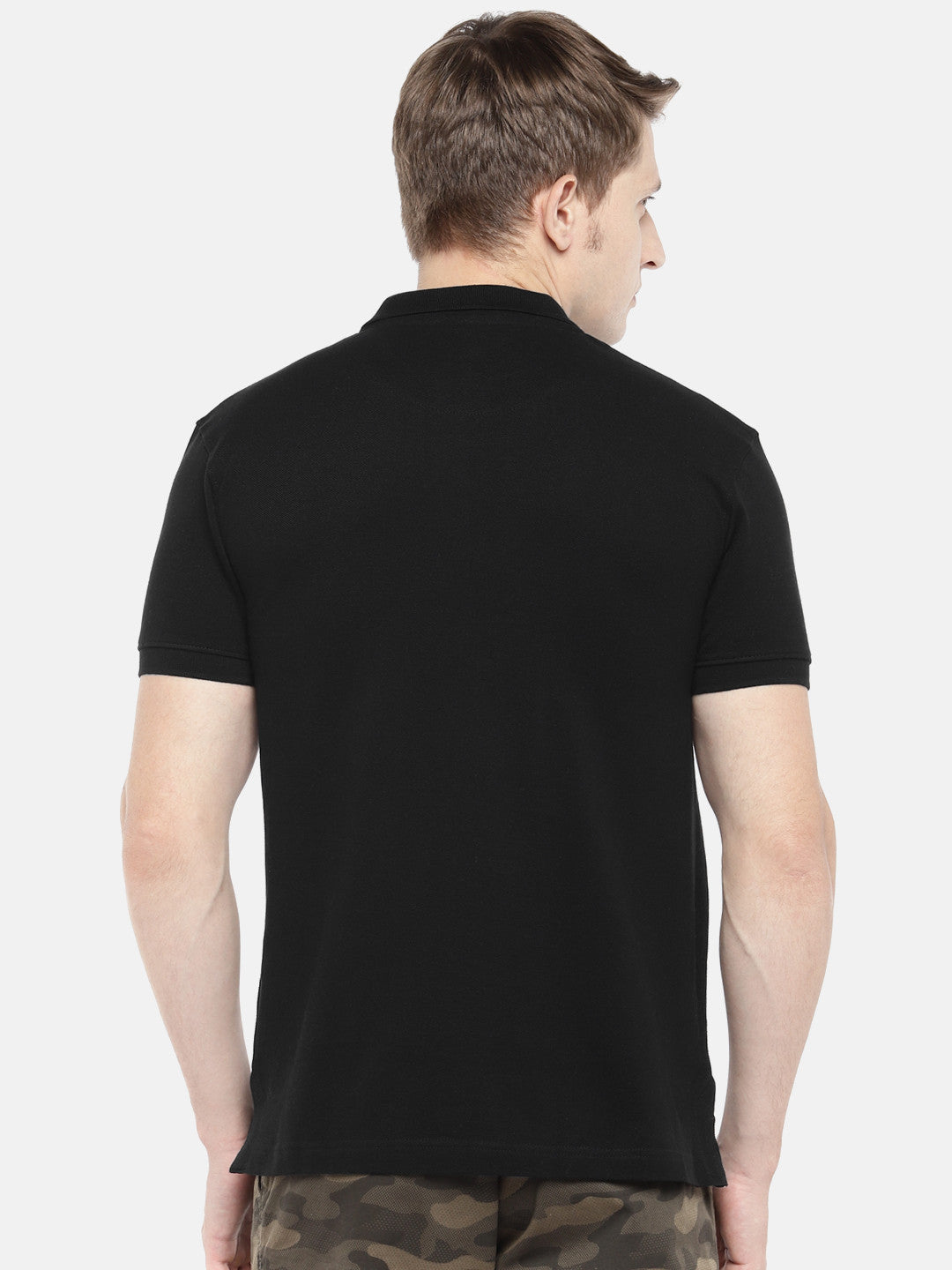 Black Solid Polo Collar T-shirt-3