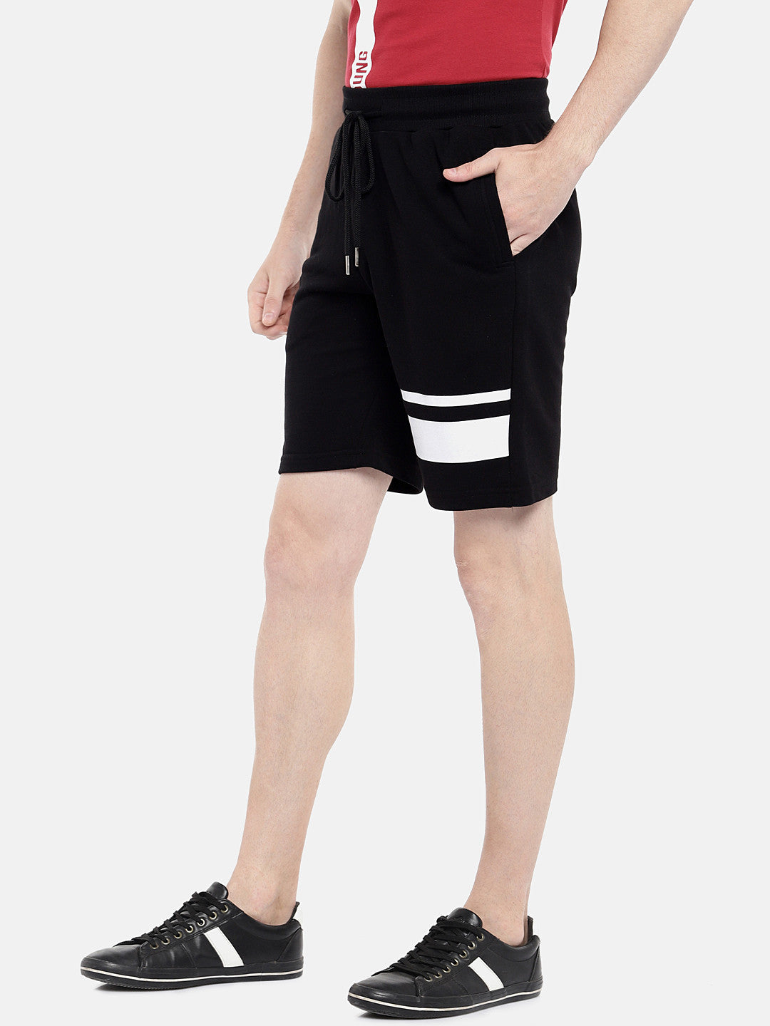 Black Solid Regular Fit Regular Shorts-2