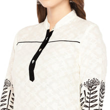 Load image into Gallery viewer, Women Cream-Coloured & Black Printed Straight Kurta-5