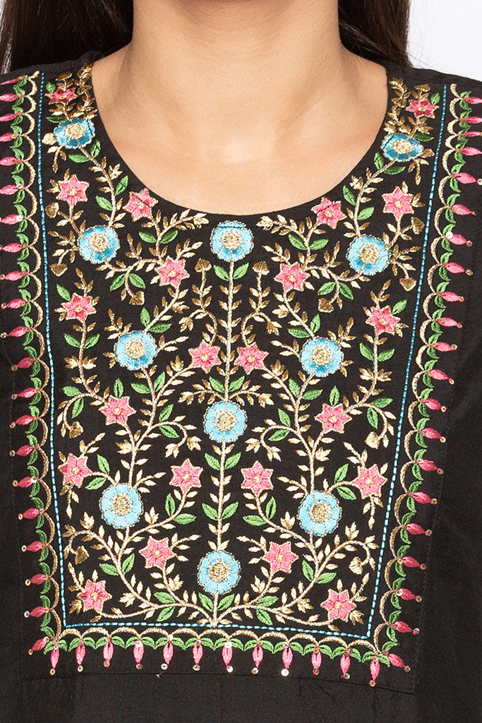 Floral Embroidered Ethnic Kurta-5