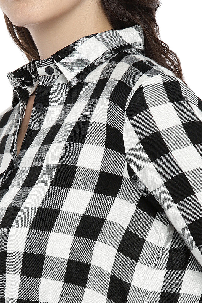 White Regular Fit Checked Casual Shirt-5