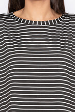 Load image into Gallery viewer, Extended Sides Striped Black White Top-5