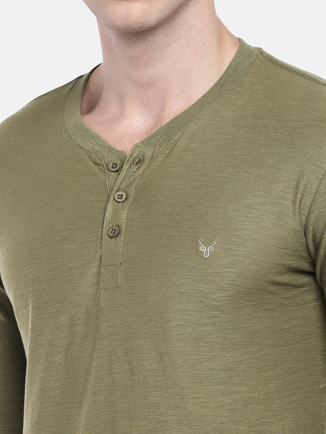 Green Solid Henley Neck T-shirt-5