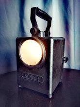 Load image into Gallery viewer, French vintage 'Wonder' lamp