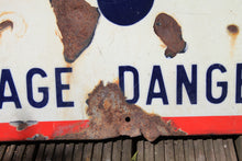 "Load image into Gallery viewer, French enamel warning sign ""Passage Dangereux"""