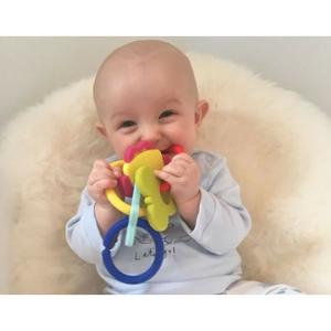 teething toy with silicone teether links baby teething in use