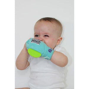 gummee glove teething mitten for toddlers teether chew mitt in use