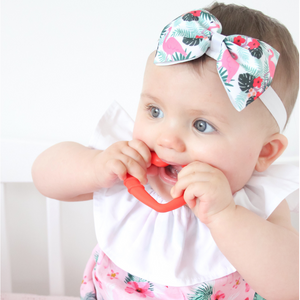 silicone heart teething ring for young teethers