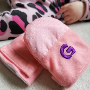 Gummee Mitts Anti scratch Teething Mittens 0 - 3 Months Pink