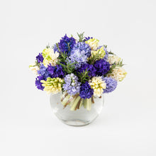 Load image into Gallery viewer, Florist Choice Spring Bouquet