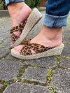 Gravity Leopard Wedge