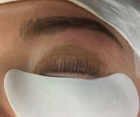 Correct Lash Lift placement on shield