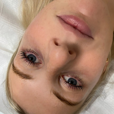 How to do a Lash Lift at home