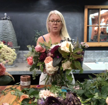 susan davis chicken wire armature instagram bouquet tutorial