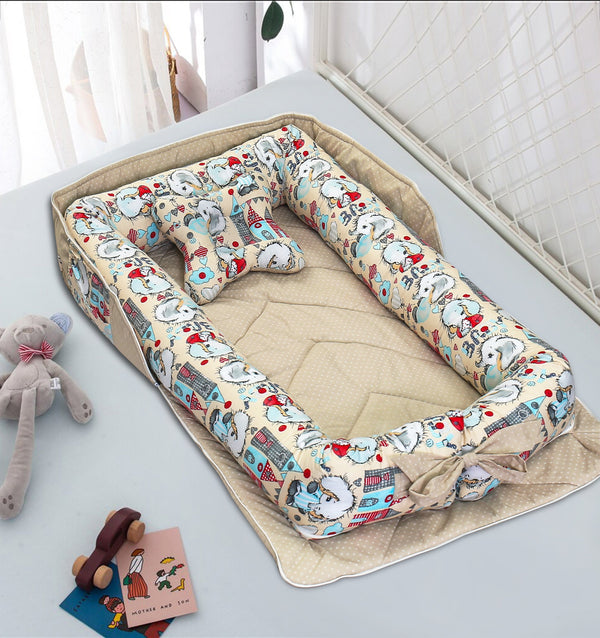 Portable Newborn Bed Baby Cot Nest With Comforter