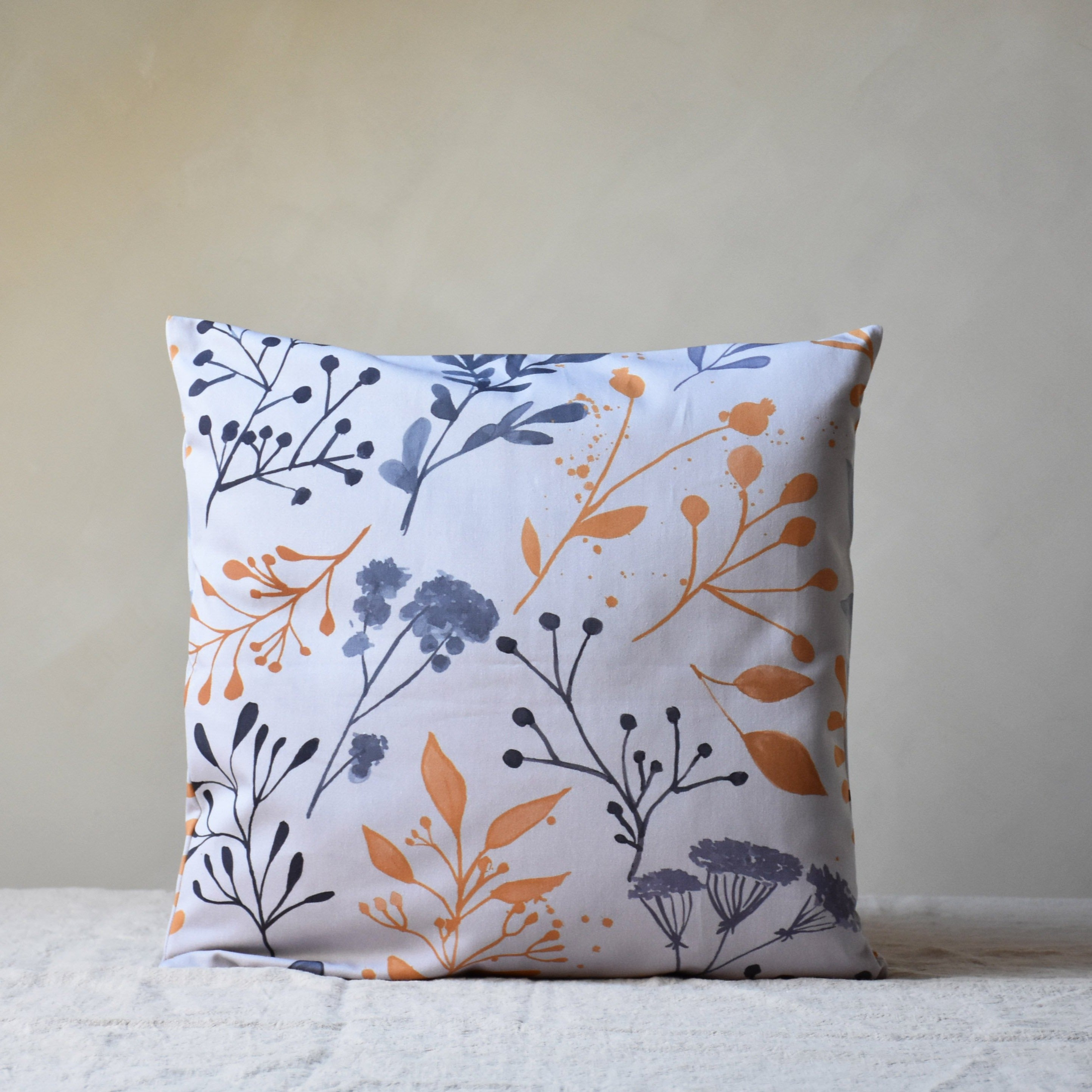 Cushion cover - Early bloom in yellow - listliving