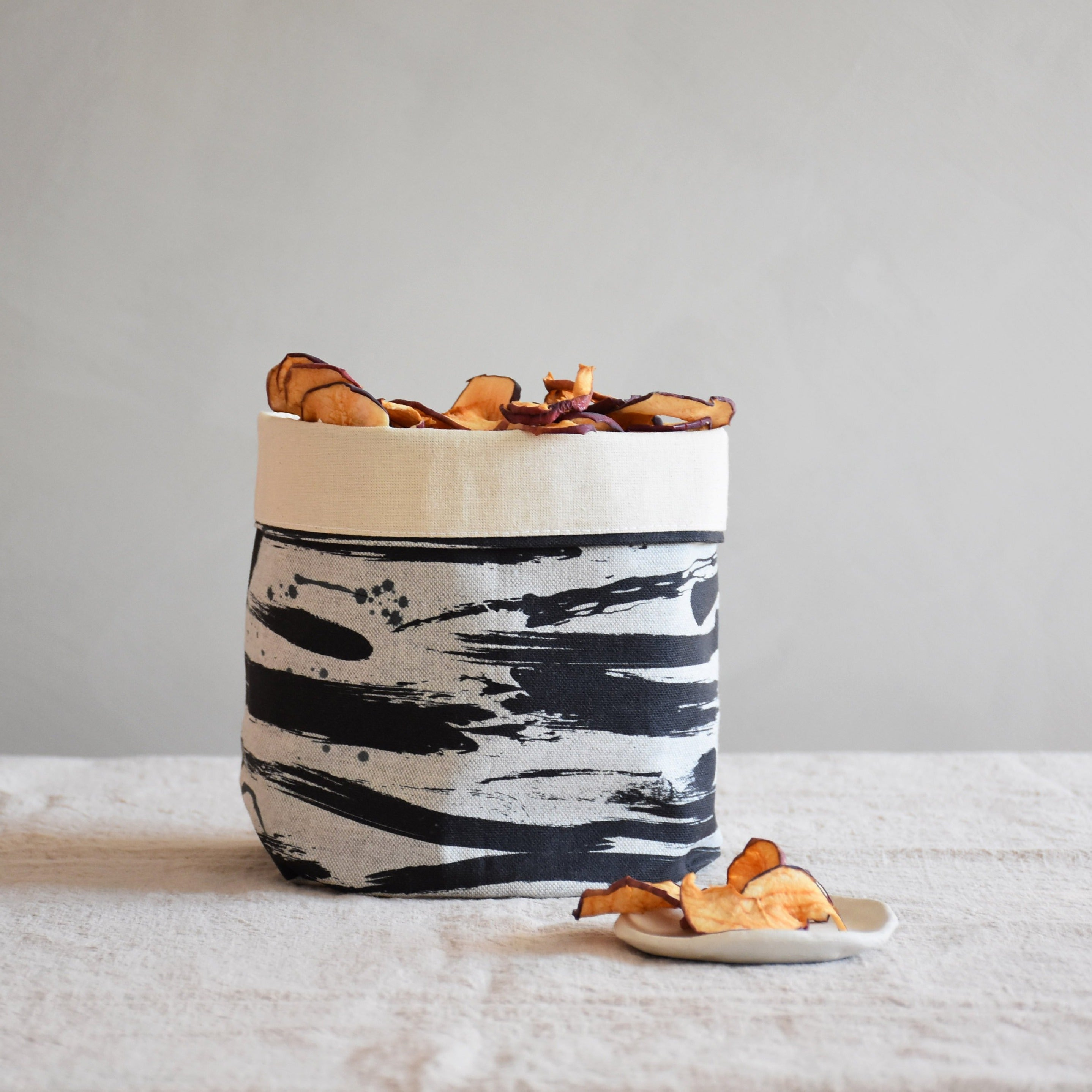 Storage basket - Stormy waves - listliving