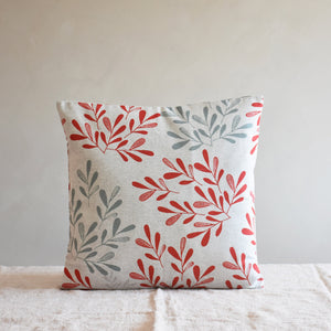Cushion cover - Garden leaves in red - listliving