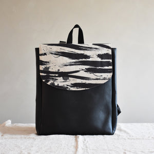 Backpack - Stormy waves - listliving