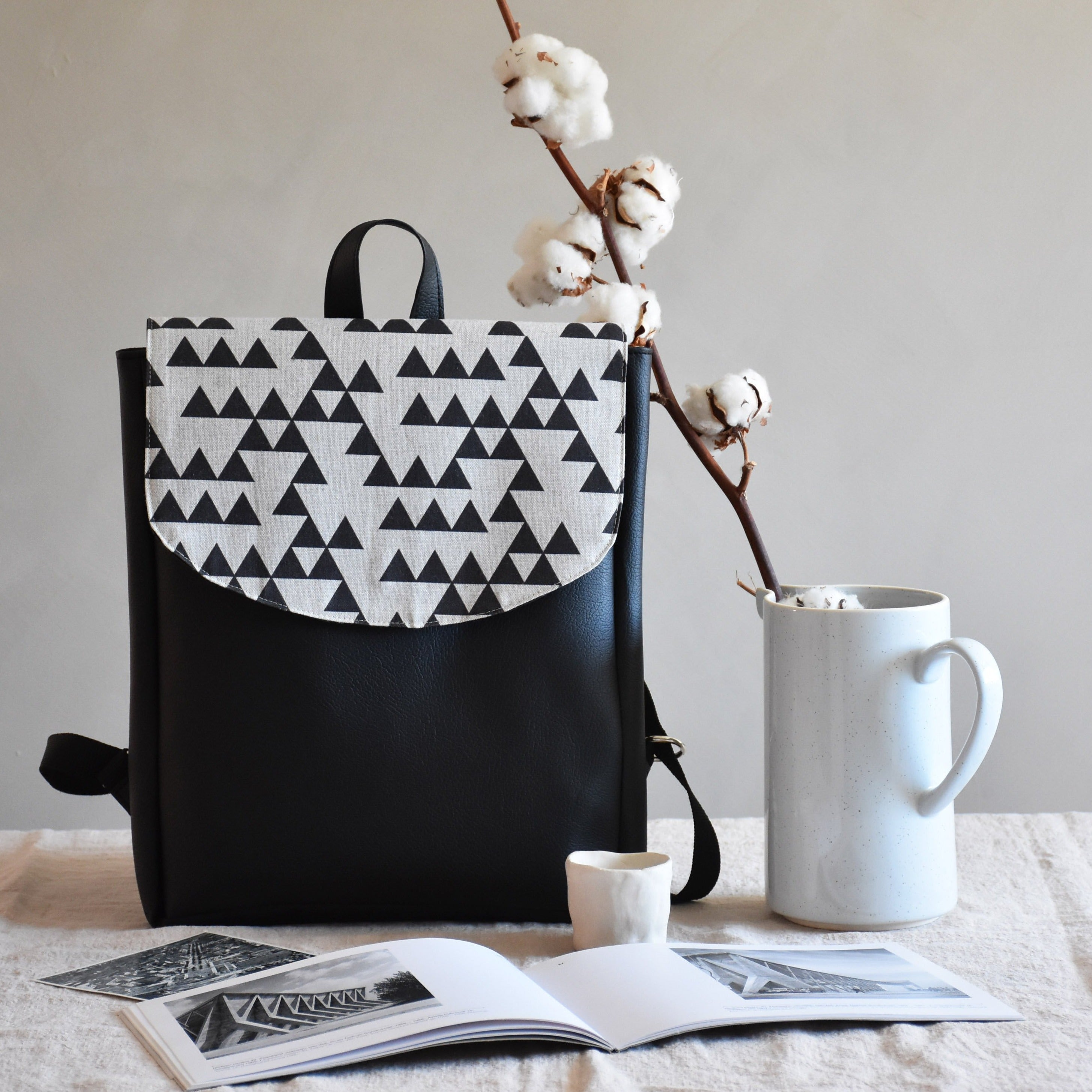 Backpack - Triangles - listliving