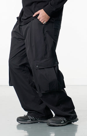 LP080 Low Cargo Pocket Pants (Black)