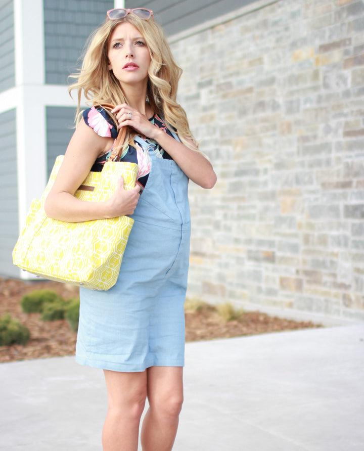 Shannon Bird via birdalamode.com | Shannon is carrying our Tailored Tote