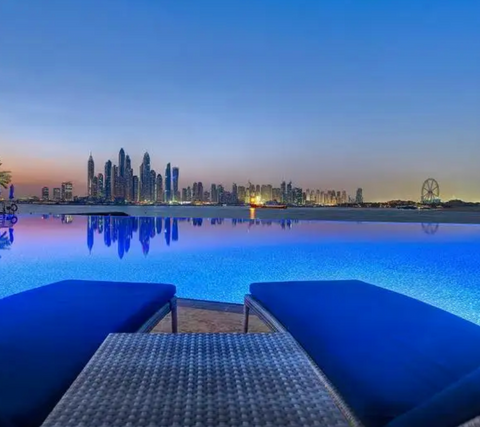 7 night Holiday to: New York, Dubai or Mexico for 2 people!