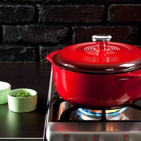 Enamel Dutch Oven 4.5 qt. (Red) by Lodge