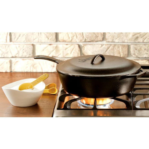 Cast Iron Covered Deep Skillet 12 inch / 5 Quart by Lodge