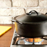 Dutch Oven 4 qt. by Lodge