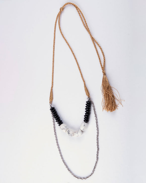 White Howlite Stones & Silver Plated Chain Necklace